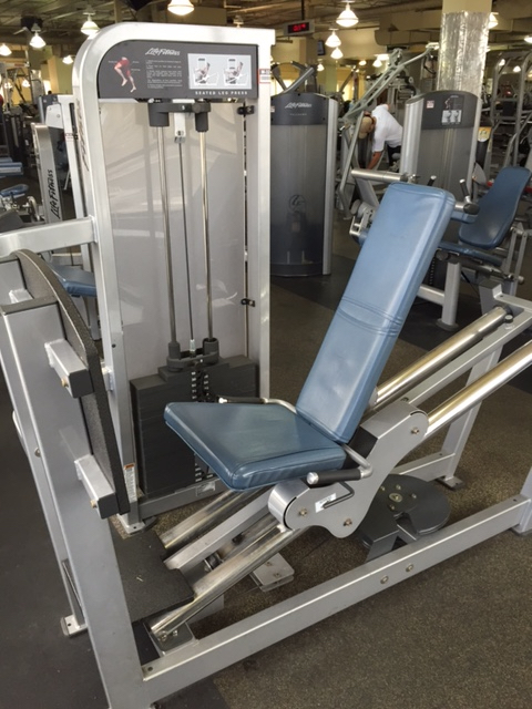 seated-leg-press